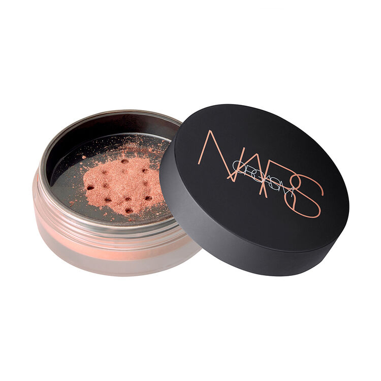 Illuminating Loose Powder,