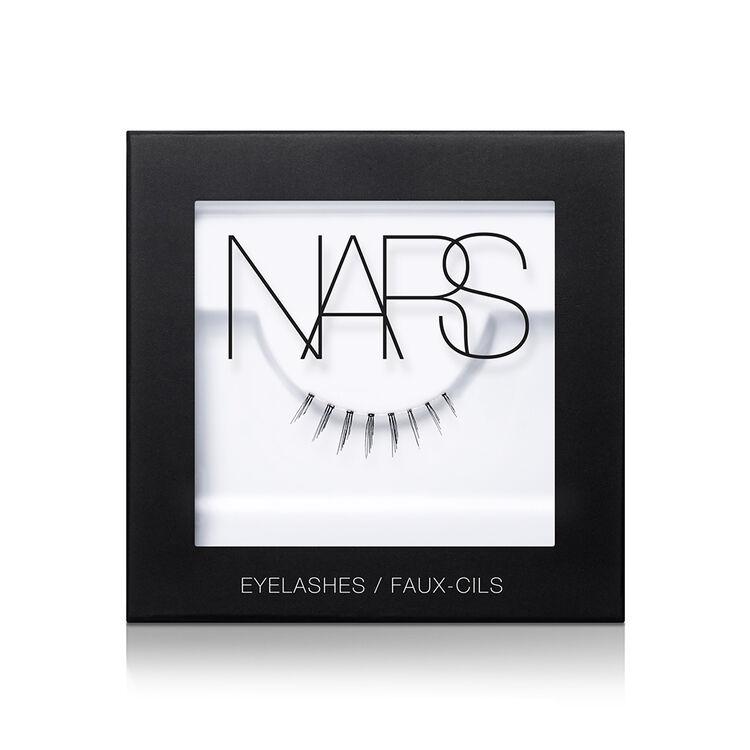 Eyelashes, Numéro 8